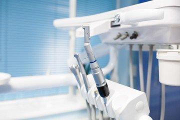 Как вернуть деньги в случае некачественного лечения зубов?